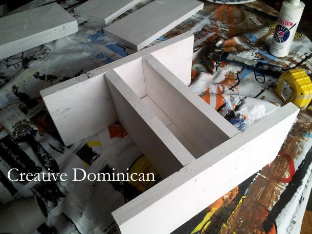 DIY Patriotic Silverware Caddy assembly
