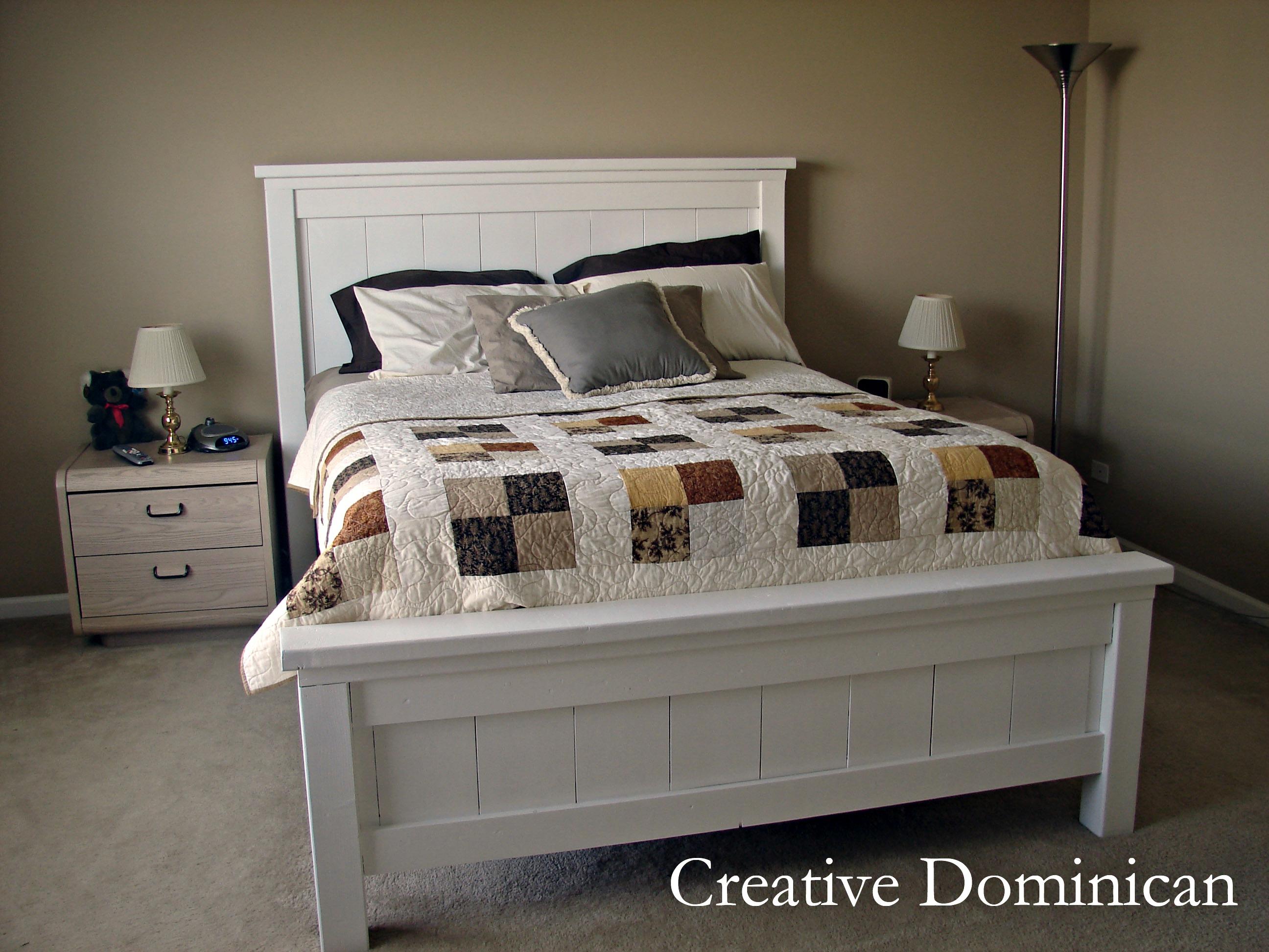 Diy farmhouse bed creative dominican for Farmhouse bed frame plans